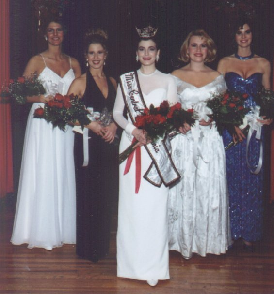 Miss Central Pennsylvania 1995 and Her Court
